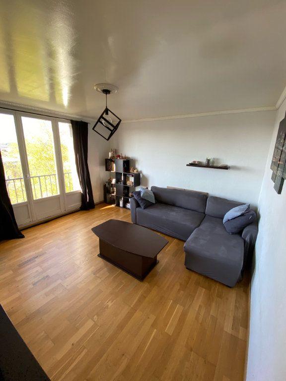 Appartement à vendre 4 68.02m2 à Limoges vignette-4