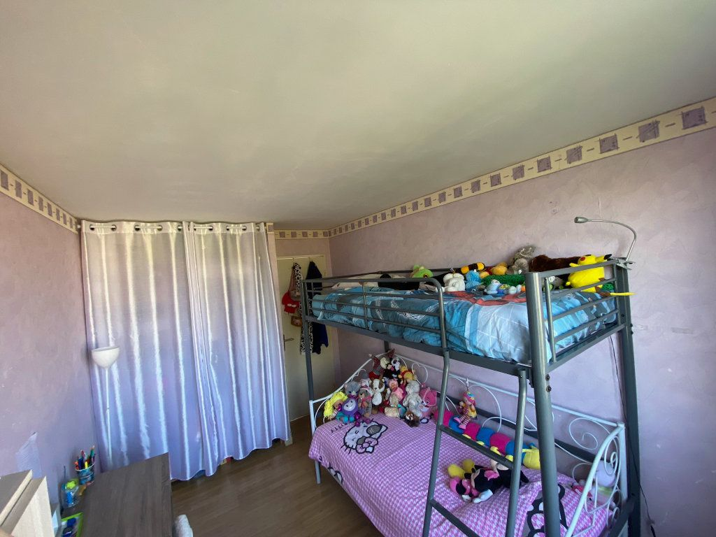 Appartement à vendre 4 68.02m2 à Limoges vignette-5