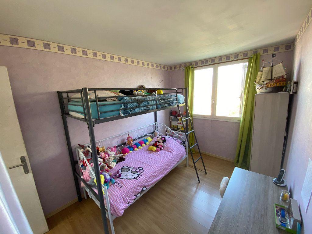 Appartement à vendre 4 68.02m2 à Limoges vignette-6