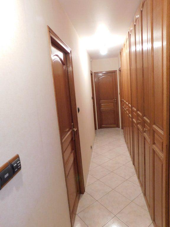Appartement à louer 4 91m2 à Limoges vignette-5