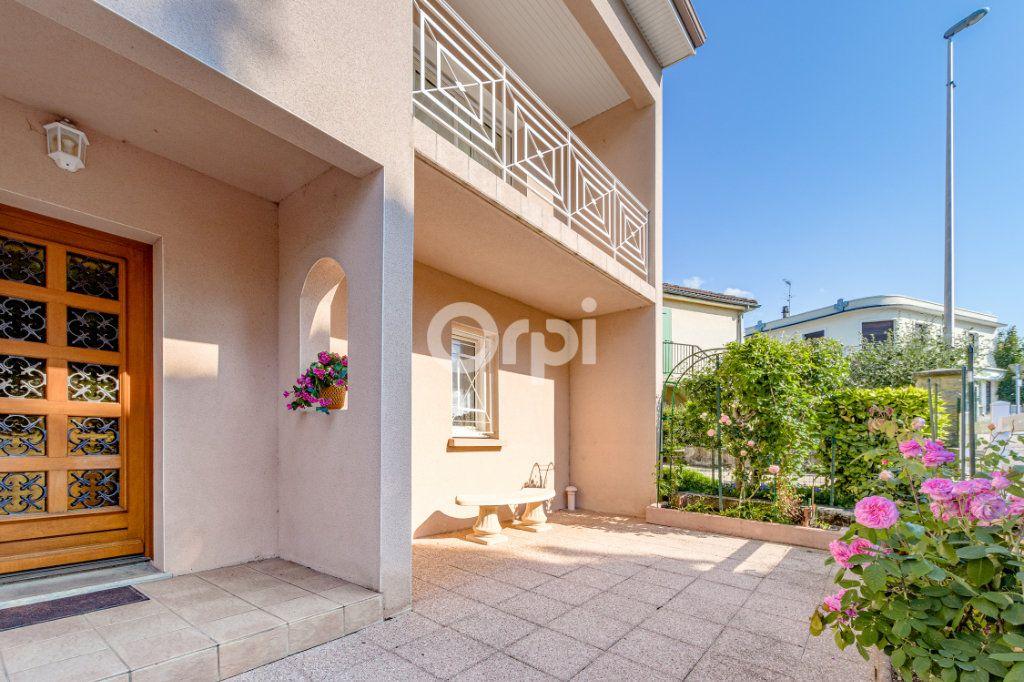Maison à vendre 5 161m2 à Limoges vignette-1