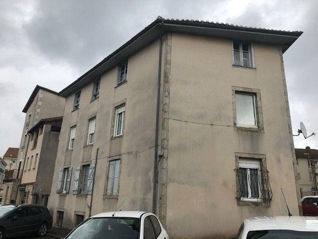 Immeuble à vendre 0 290m2 à Saint-Junien vignette-2