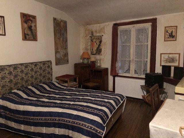 Immeuble à vendre 0 290m2 à Saint-Junien vignette-6