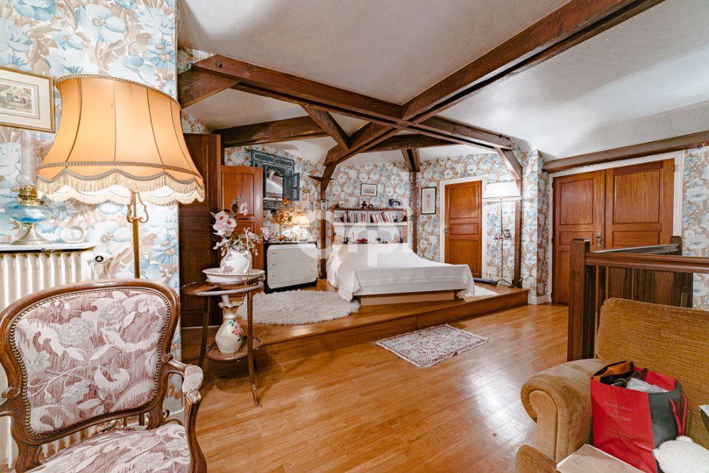 Maison à vendre 9 193m2 à Limoges vignette-3