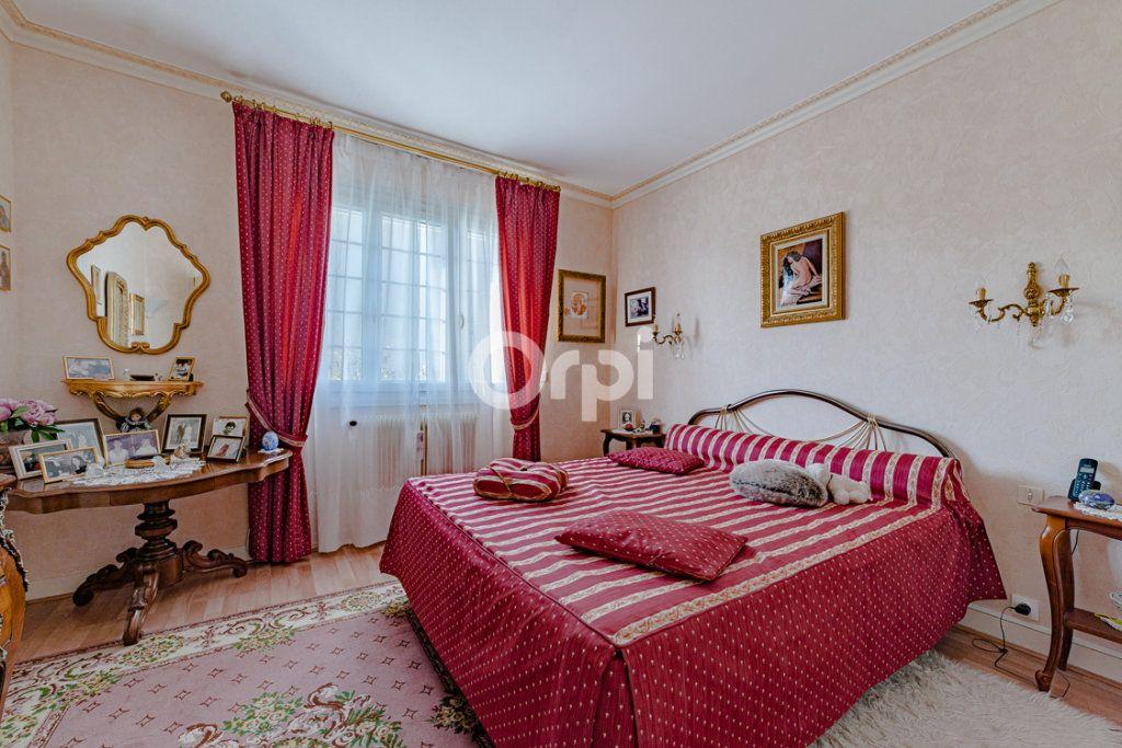 Maison à vendre 9 193m2 à Limoges vignette-9