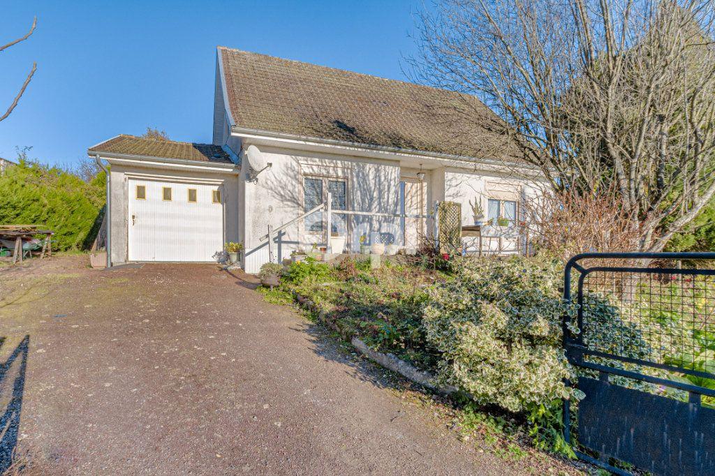 Maison à vendre 5 98.69m2 à Châlus vignette-1
