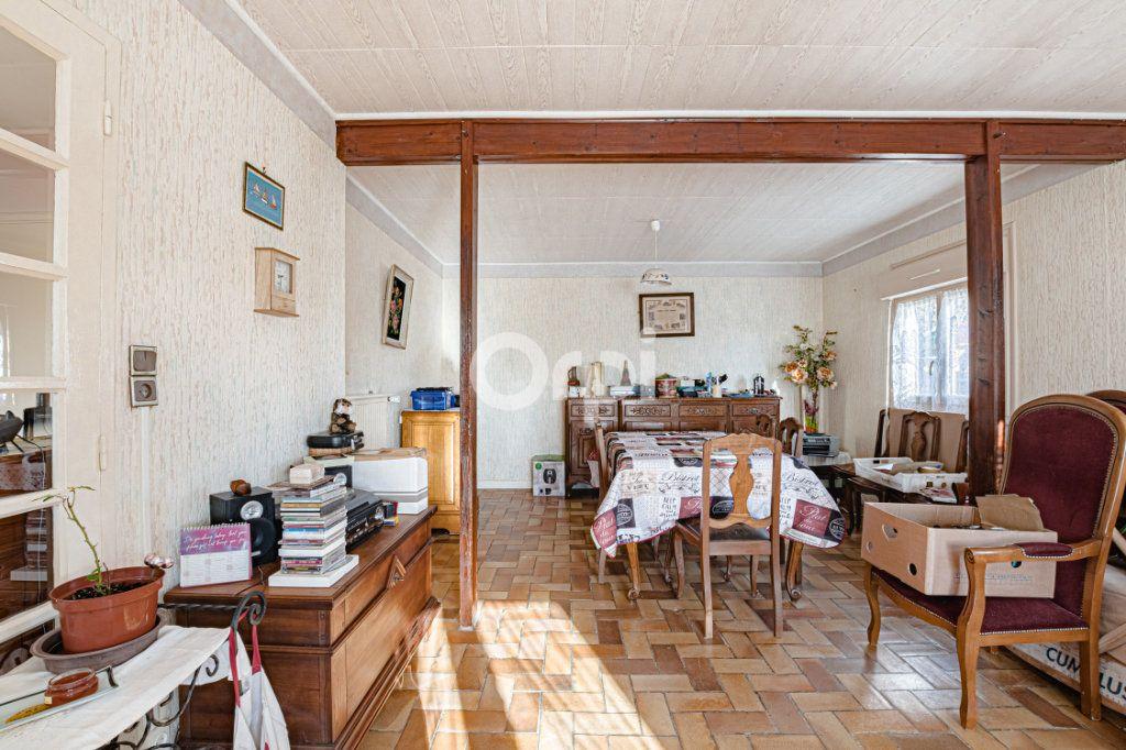 Maison à vendre 5 98.69m2 à Châlus vignette-4