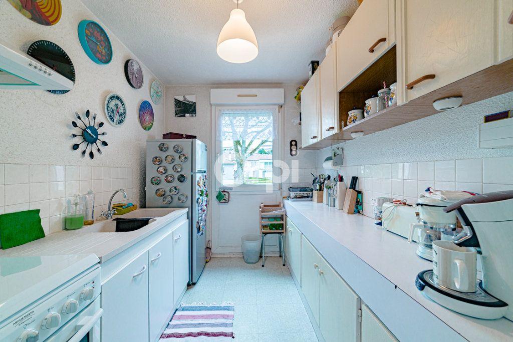 Appartement à vendre 5 87m2 à Limoges vignette-3