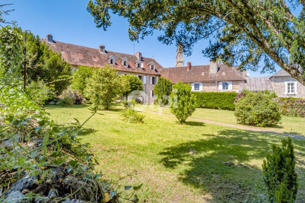 Maison à vendre 14 278m2 à Saint-Priest-Ligoure vignette-2