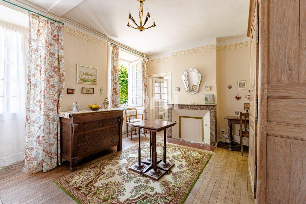 Maison à vendre 14 278m2 à Saint-Priest-Ligoure vignette-5
