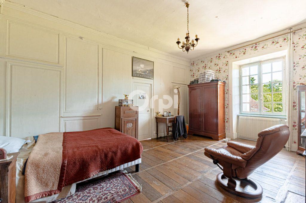 Maison à vendre 14 278m2 à Saint-Priest-Ligoure vignette-11