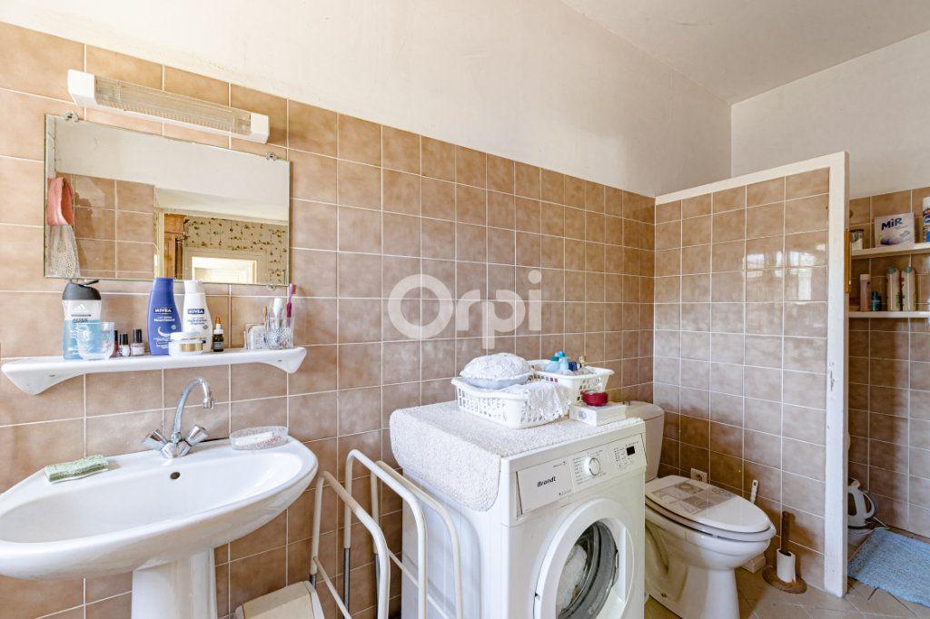Maison à vendre 14 278m2 à Saint-Priest-Ligoure vignette-13