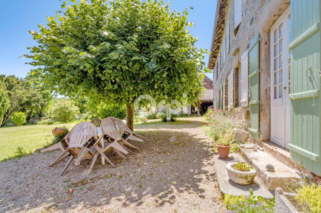 Maison à vendre 14 278m2 à Saint-Priest-Ligoure vignette-14