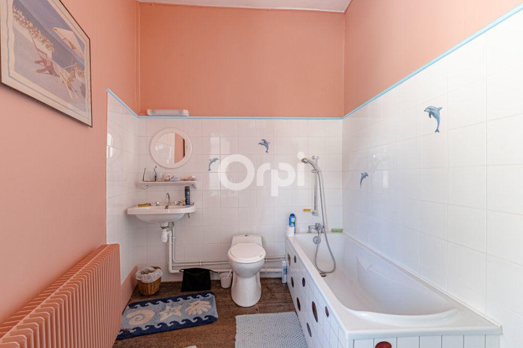 Maison à vendre 14 278m2 à Saint-Priest-Ligoure vignette-16