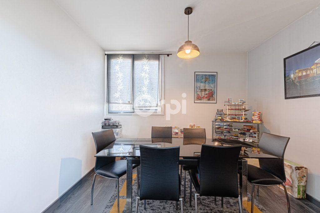 Appartement à vendre 4 80m2 à Limoges vignette-5