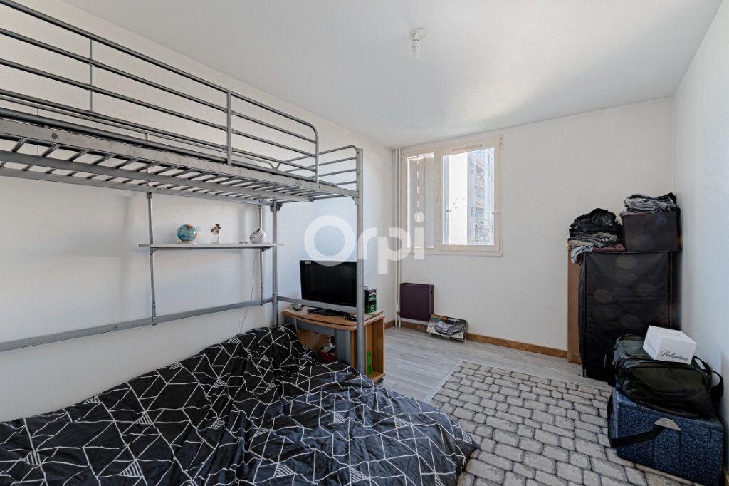 Appartement à vendre 4 80m2 à Limoges vignette-8