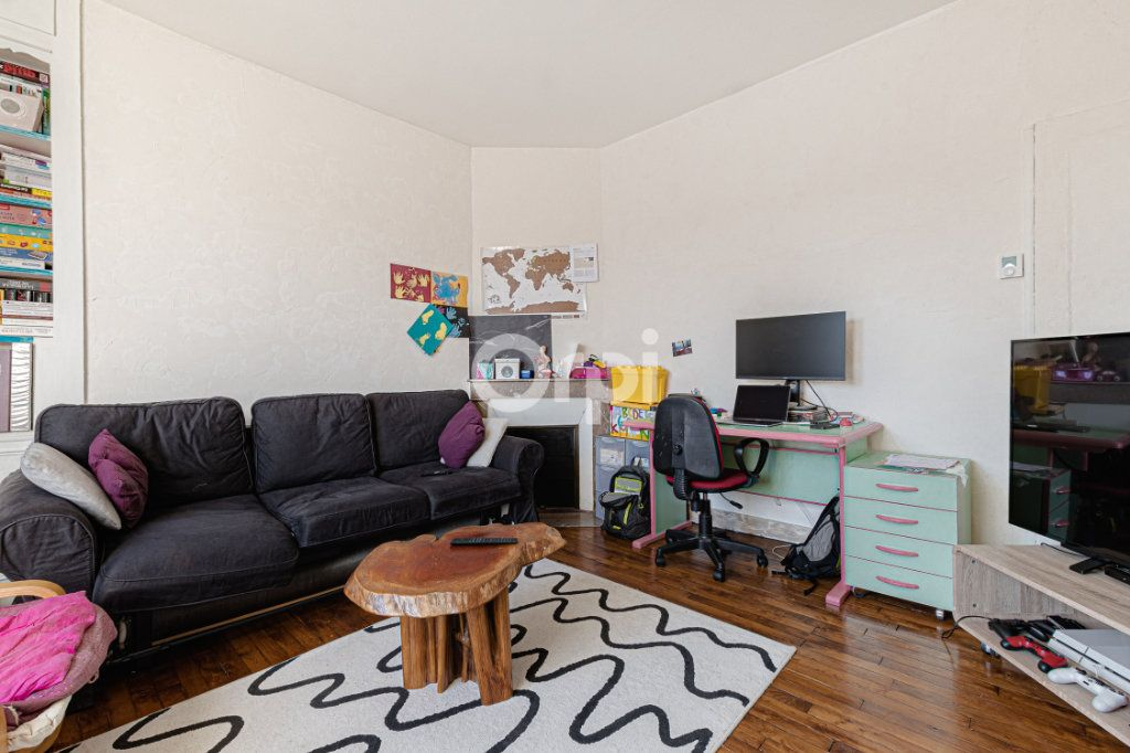 Maison à vendre 5 111.35m2 à Limoges vignette-5