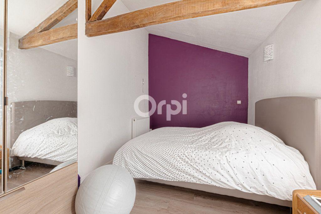 Maison à vendre 5 111.35m2 à Limoges vignette-8