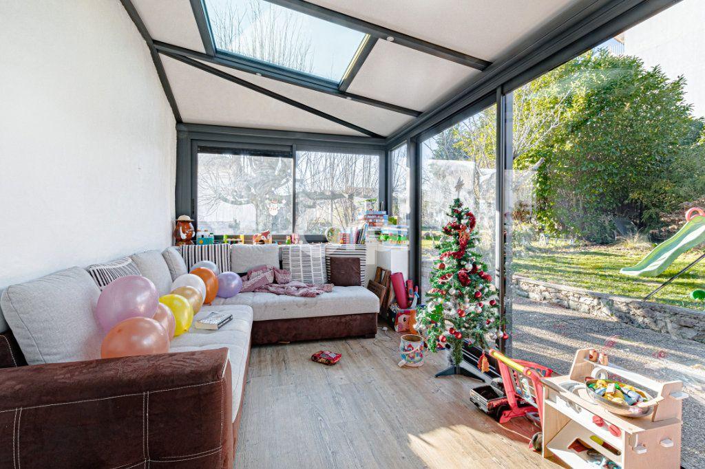 Maison à vendre 5 111.35m2 à Limoges vignette-9