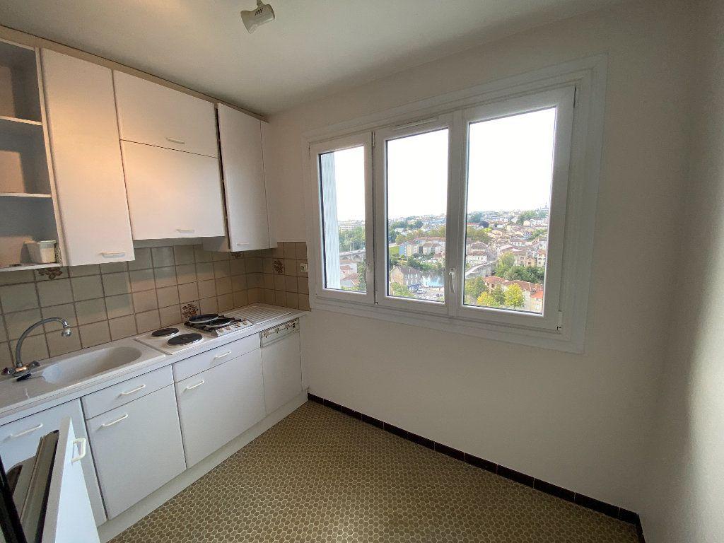 Appartement à louer 2 43.7m2 à Limoges vignette-6