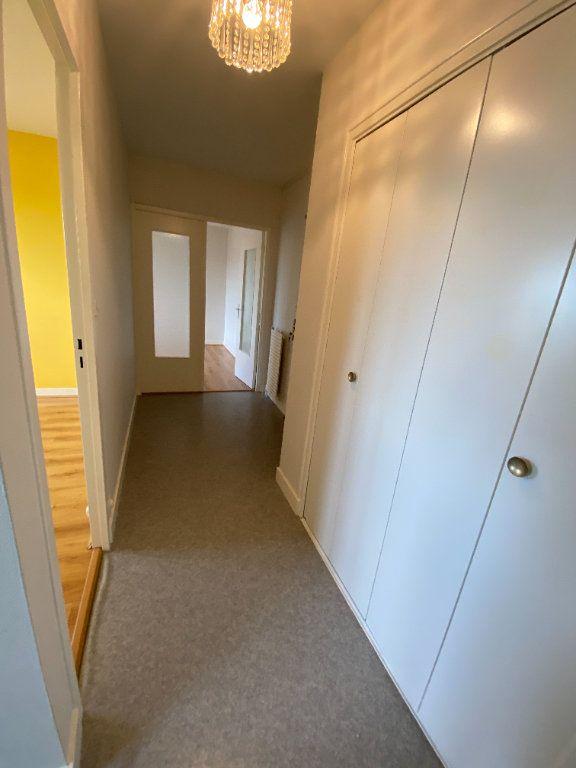 Appartement à louer 2 43.7m2 à Limoges vignette-9