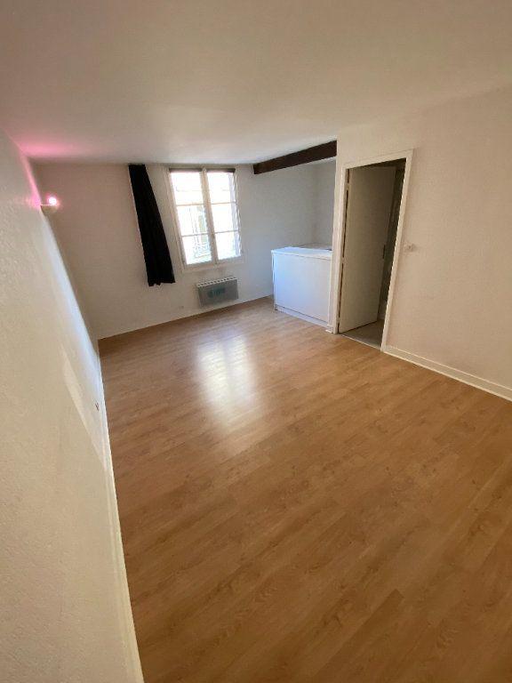 Appartement à louer 1 26.15m2 à Limoges vignette-1