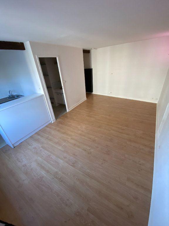 Appartement à louer 1 26.15m2 à Limoges vignette-3