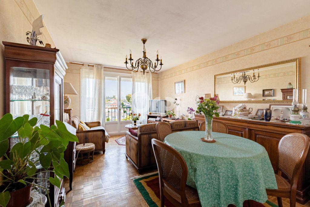 Appartement à vendre 3 56.49m2 à Limoges vignette-4