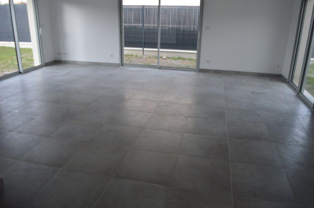 Maison à vendre 6 135.63m2 à Limoges vignette-4