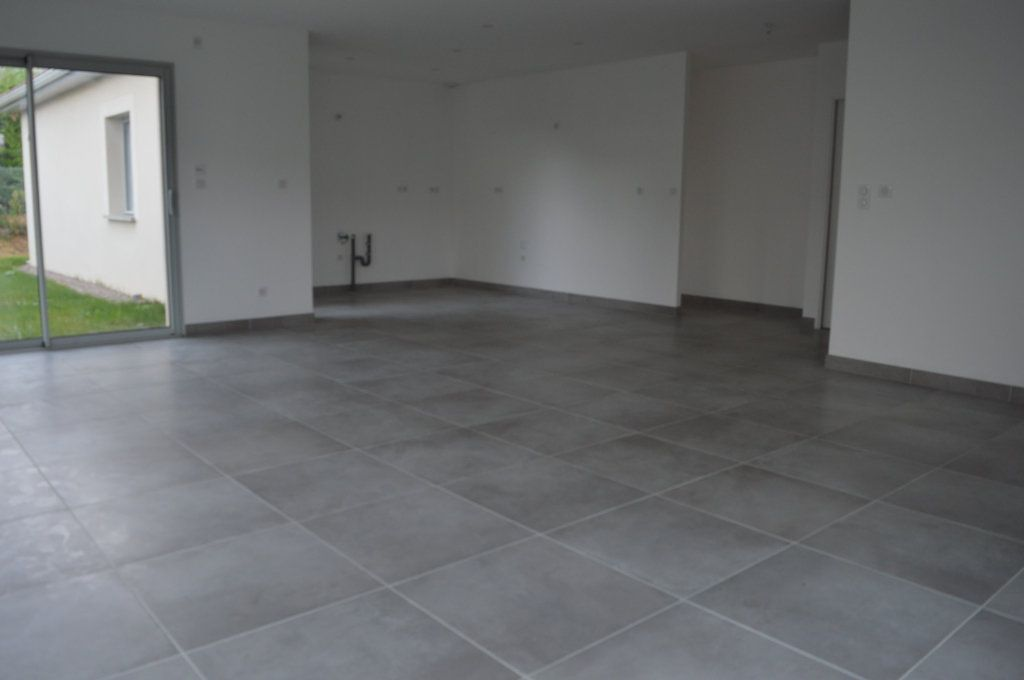 Maison à vendre 6 135.63m2 à Limoges vignette-5