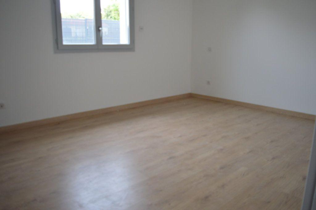 Maison à vendre 6 135.63m2 à Limoges vignette-9