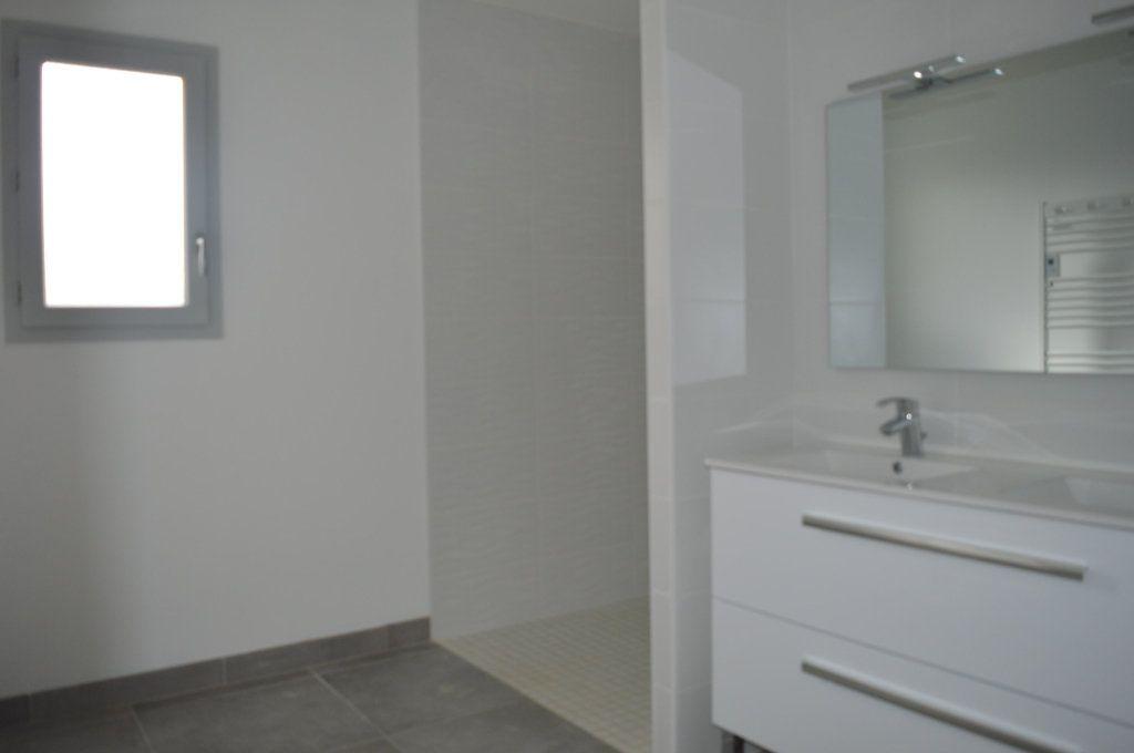 Maison à vendre 6 135.63m2 à Limoges vignette-10