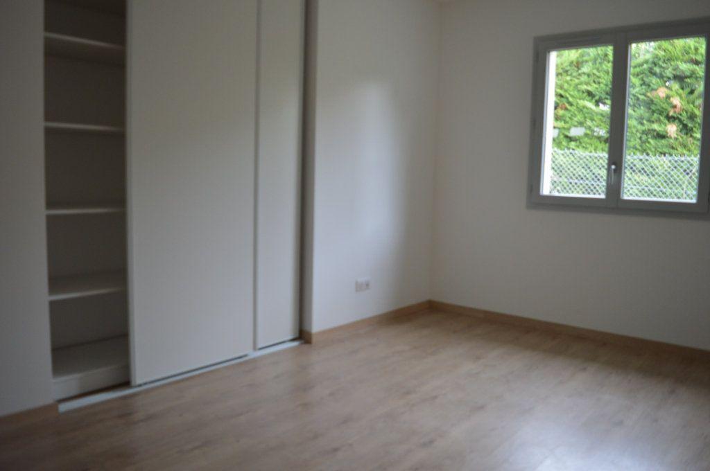 Maison à vendre 6 135.63m2 à Limoges vignette-11
