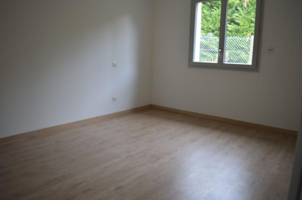 Maison à vendre 6 135.63m2 à Limoges vignette-12