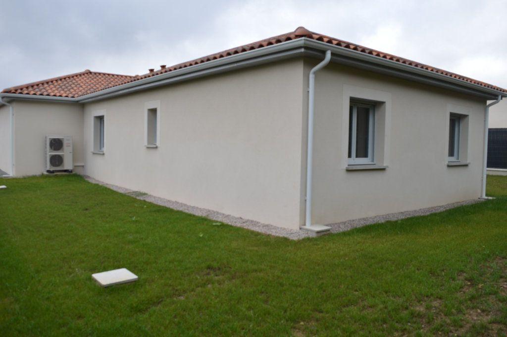 Maison à vendre 6 135.63m2 à Limoges vignette-13