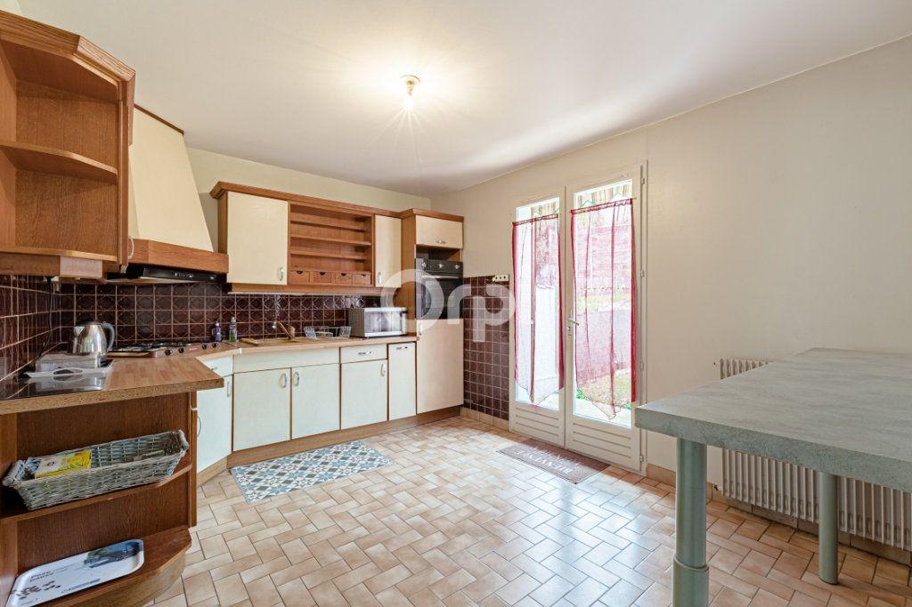 Maison à vendre 5 100m2 à Limoges vignette-2