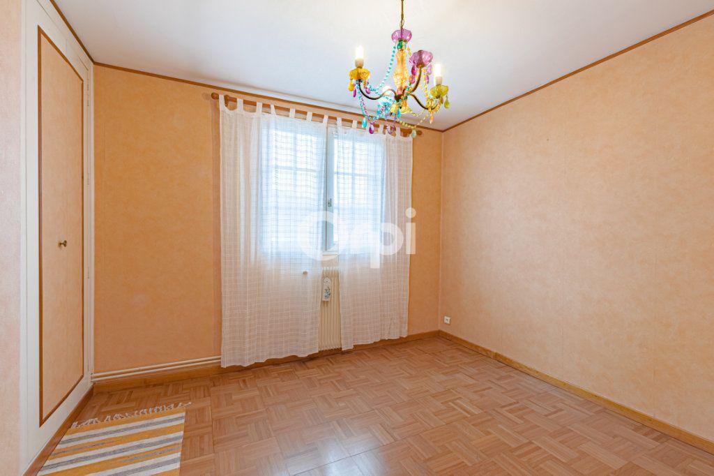 Maison à vendre 5 100m2 à Limoges vignette-6