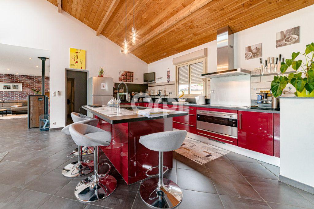 Maison à vendre 6 189.56m2 à Saint-Martin-le-Vieux vignette-5