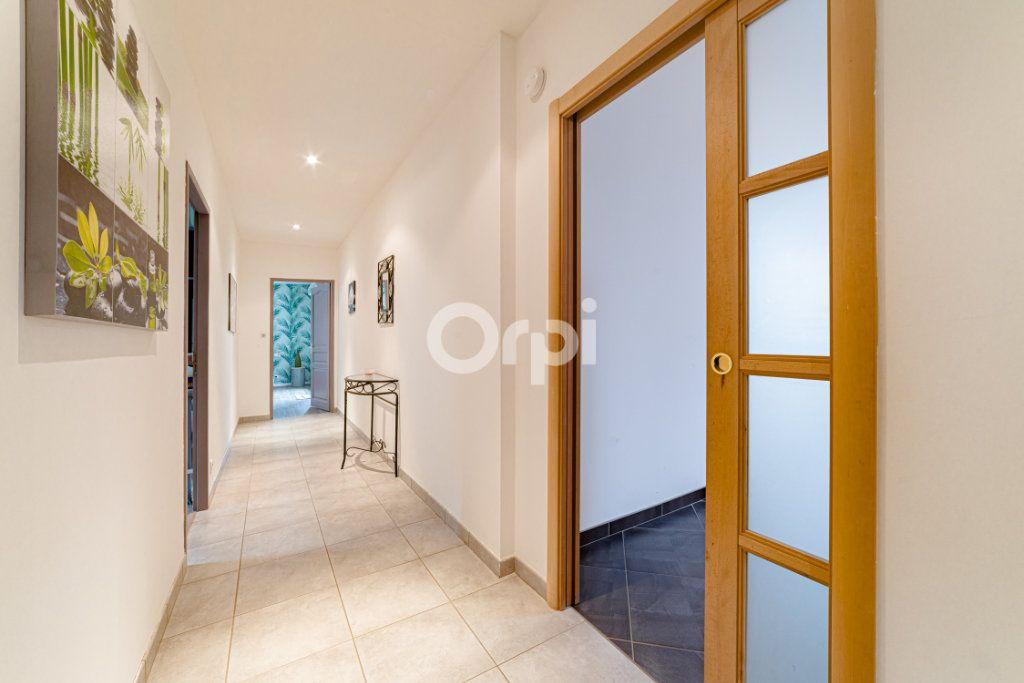 Maison à vendre 6 189.56m2 à Saint-Martin-le-Vieux vignette-12