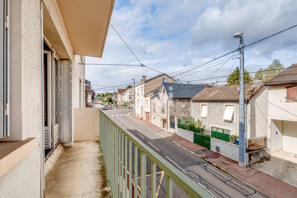 Appartement à vendre 4 89.02m2 à Limoges vignette-2