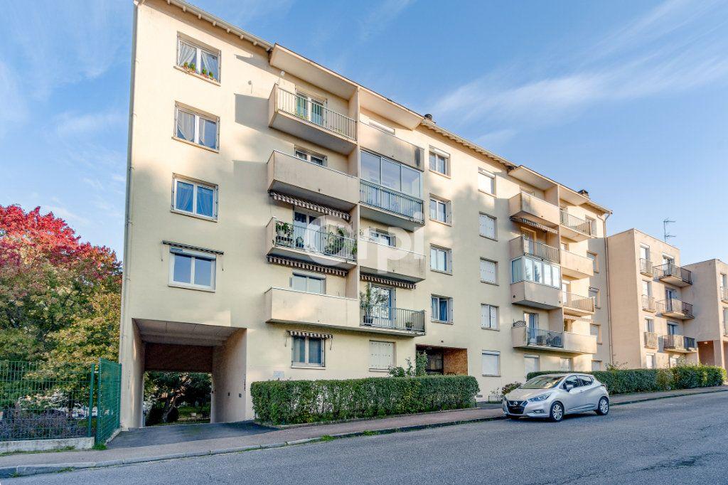Appartement à vendre 4 93.42m2 à Limoges vignette-2