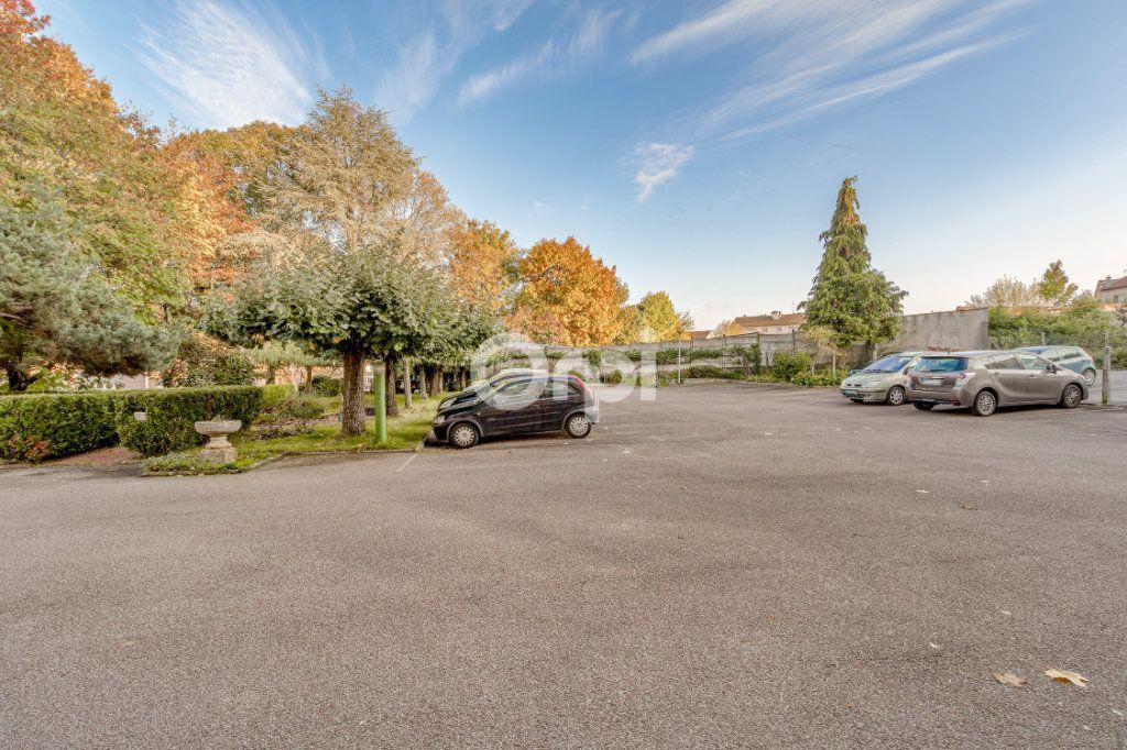 Appartement à vendre 4 93.42m2 à Limoges vignette-4