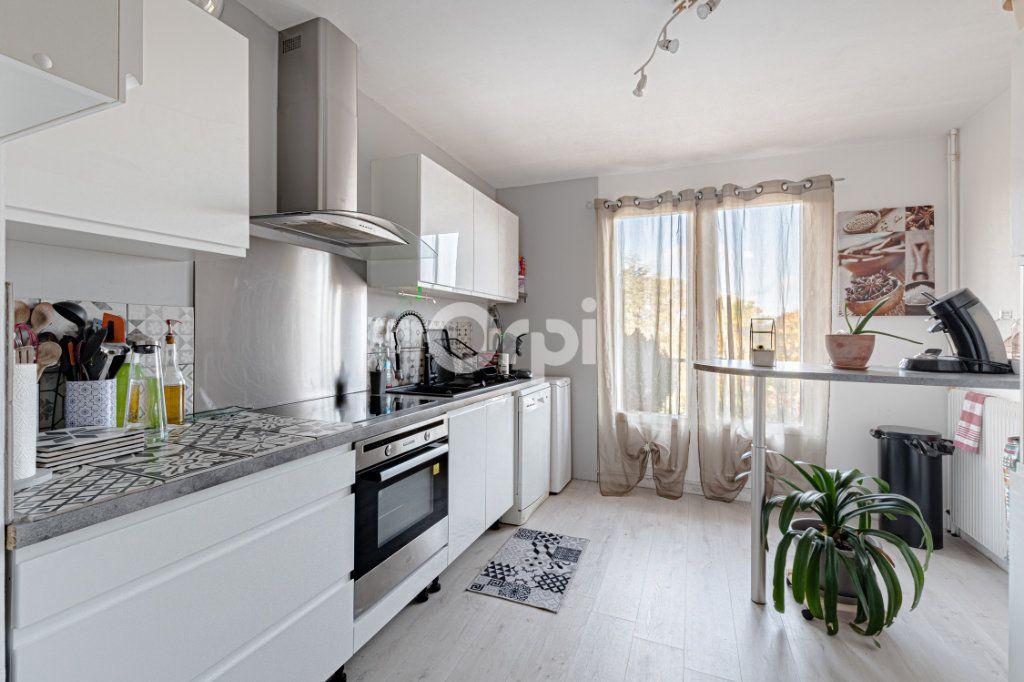 Appartement à vendre 4 93.42m2 à Limoges vignette-5