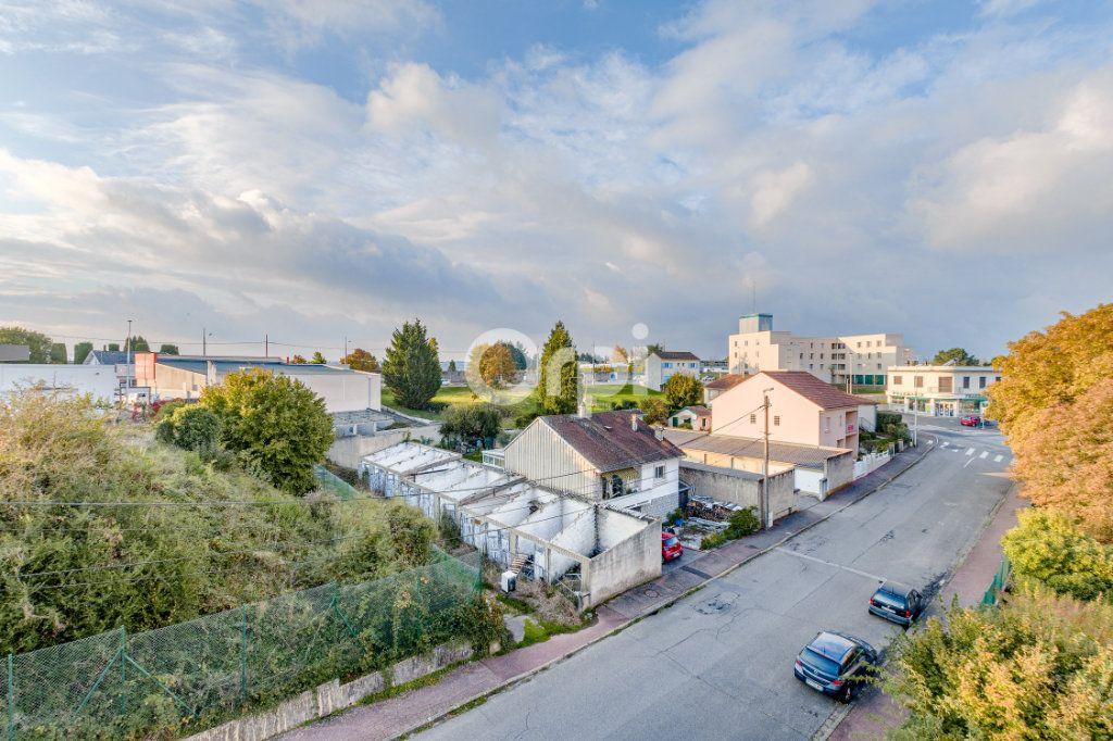 Appartement à vendre 4 93.42m2 à Limoges vignette-9