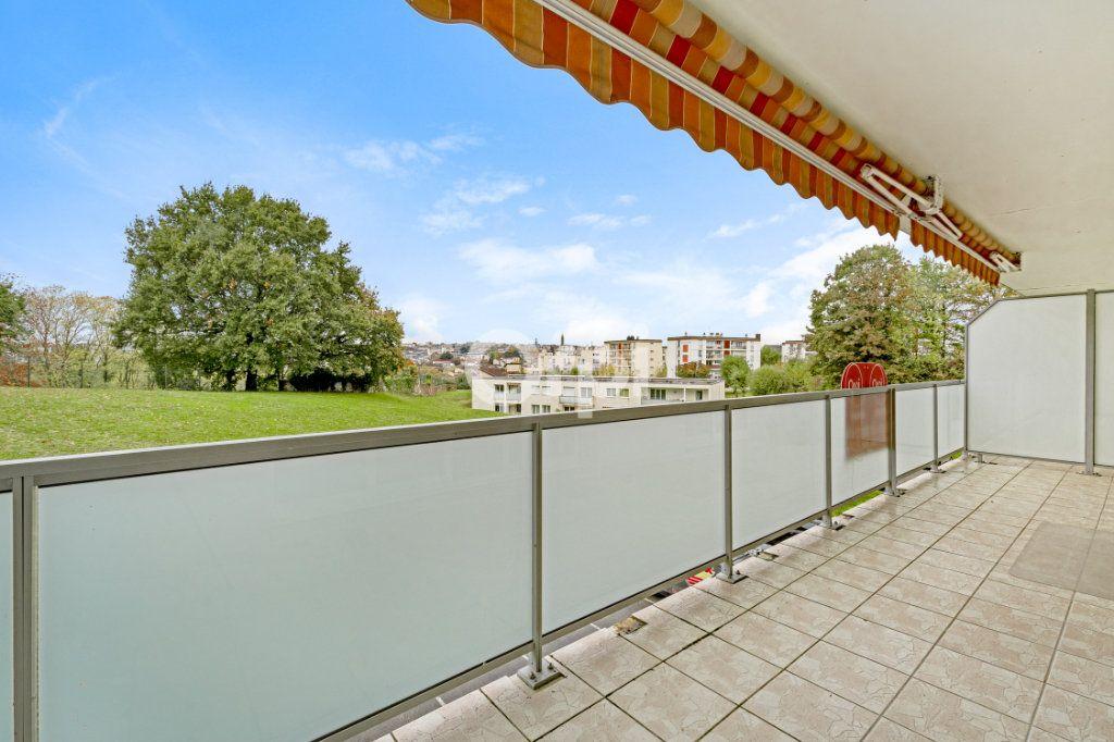 Appartement à vendre 5 90.22m2 à Limoges vignette-1