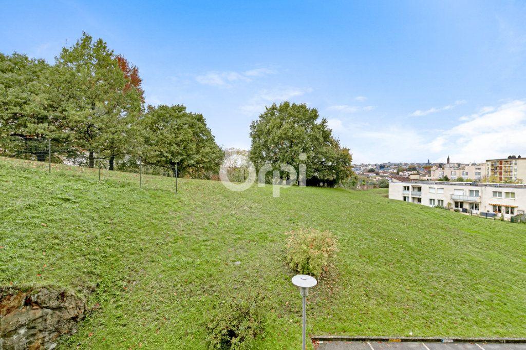Appartement à vendre 5 90.22m2 à Limoges vignette-7