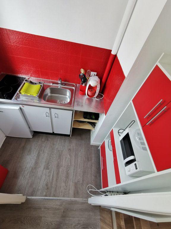 Appartement à louer 1 24.05m2 à Limoges vignette-4