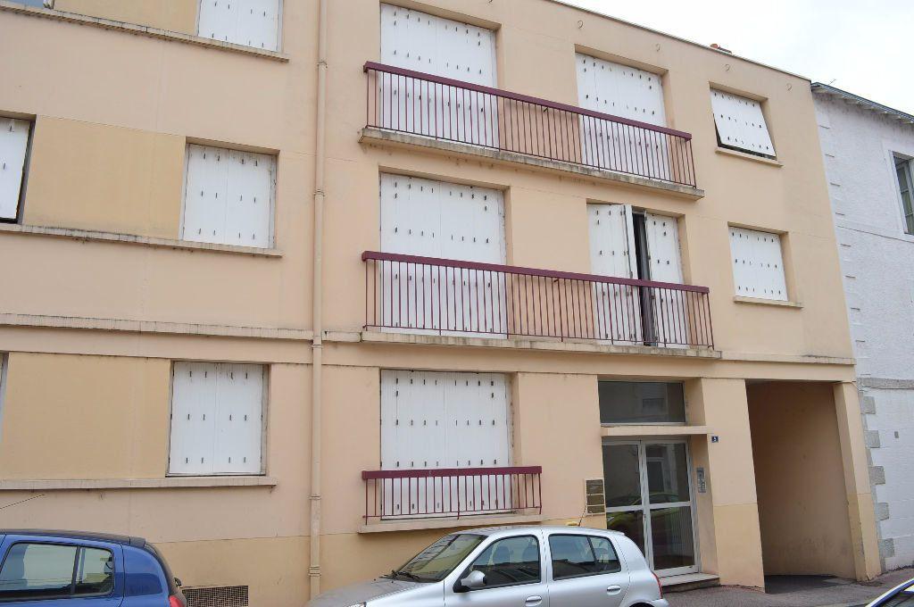 Appartement à louer 1 24.05m2 à Limoges vignette-6