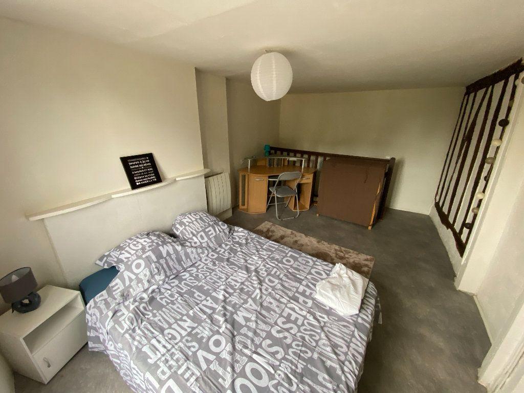 Appartement à louer 2 32.09m2 à Limoges vignette-6
