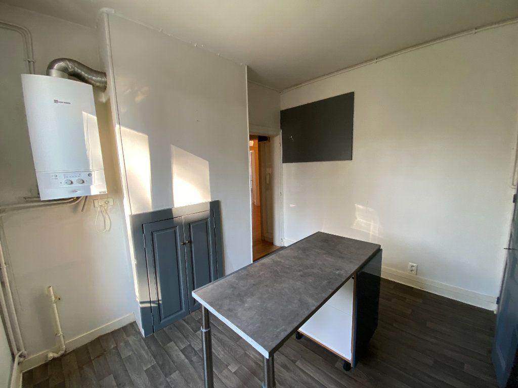 Appartement à louer 4 110m2 à Limoges vignette-10